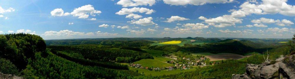 Panorama mit Blick auf Kleingießhübel