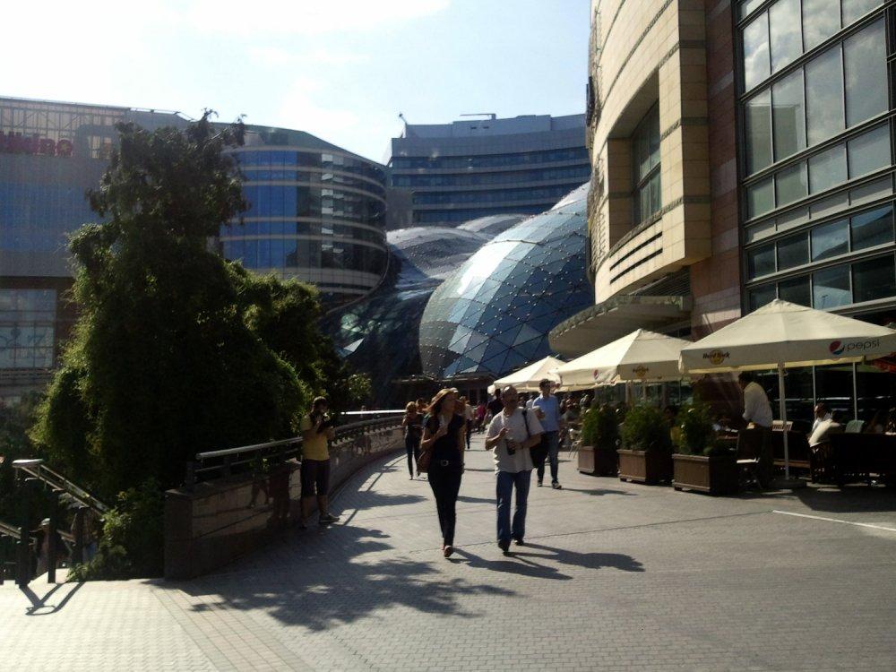 Stahl und Glas in Warschau